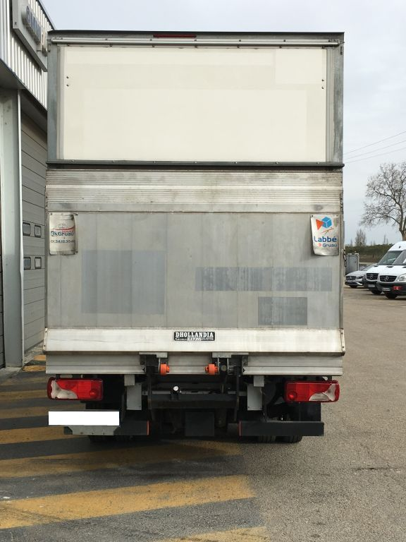 Mercedes sprinter 513 cdi hayon garages mercedes for Garage reparation nimes